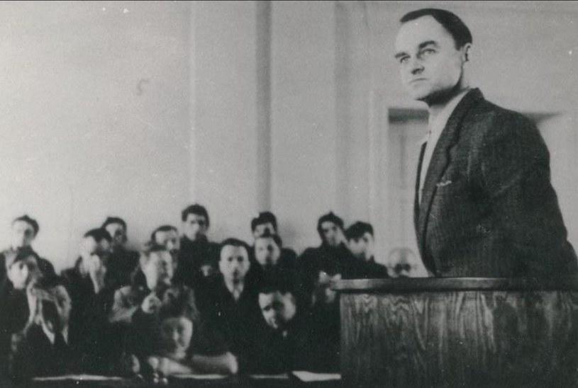 Witold Pilecki podczas procesu /Polska Zbrojna