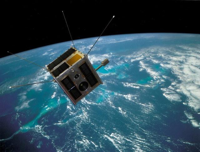 Wizualizacja satelity BRITE-PL Heweliusz na orbicie. /materiały prasowe