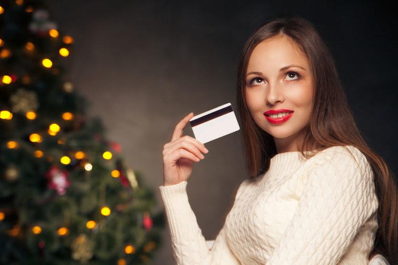 Wkrótce powstaną niepodrabialne karty kredytowe /©123RF/PICSEL