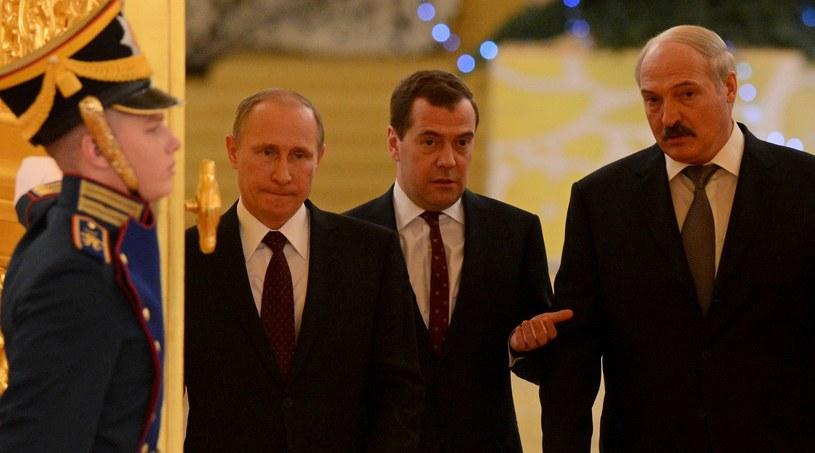 Władimir Putin, Dmitrij Miedwiediew i Alaksandr Łukaszenka /AFP