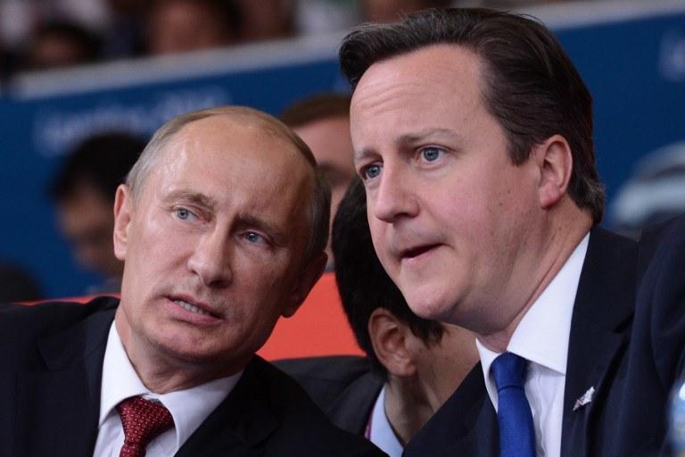 Władimir Putin i David Cameron podczas IO w Londynie w 2012 roku /AFP