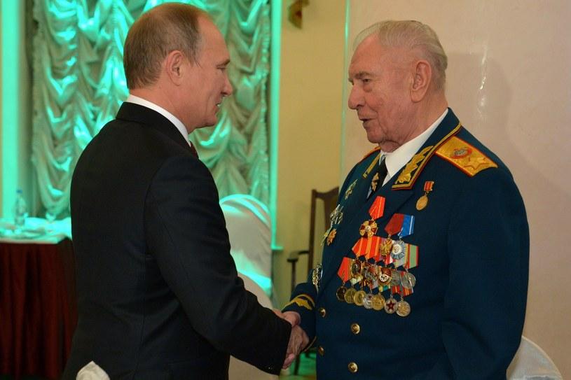 Władimir Putin i Dmitrij Jazow /AFP