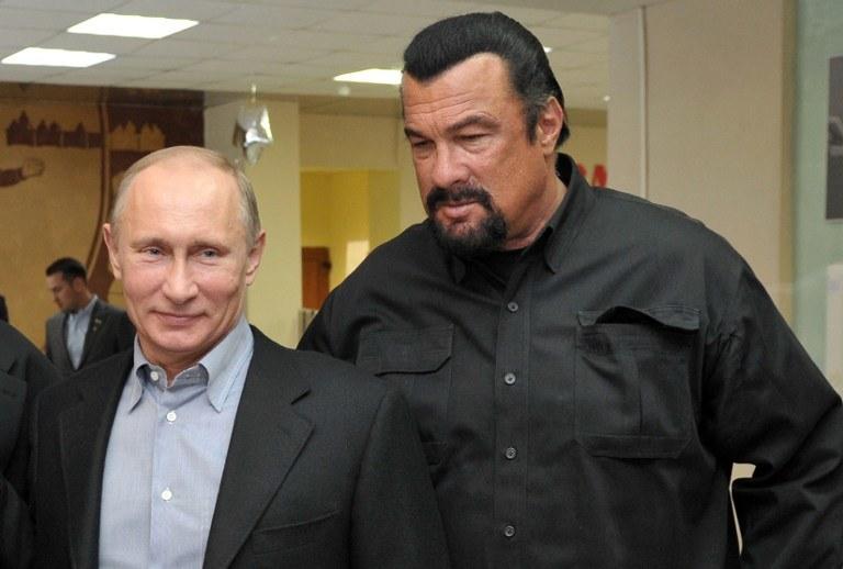 Władimir Putin i Steven Seagal /AFP