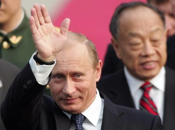 Władimir Putin potrzebuje poparcia Zachodu /AFP