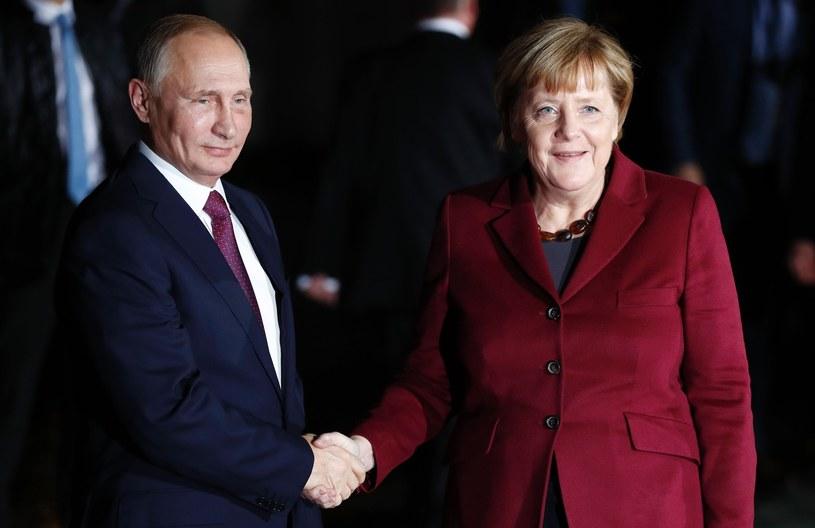Władimir Putin rozmawiał telefonicznie z kanclerz Niemiec Angelą Merkel /ODD ANDERSEN /East News