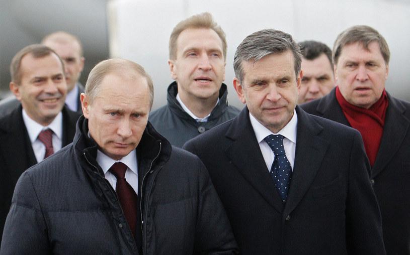 Władymir Putin (L) i Michaił Zurabow (P). /AFP
