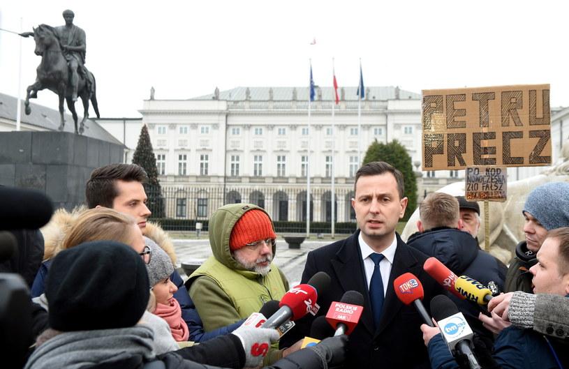 Władysław Kosiniak-Kamysz po wyjściu ze spotkania z prezydentem /Radek Pietruszka /PAP