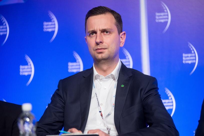 Władysław Kosiniak-Kamysz zapowiada serię pytań dot. służby zdrowia /Daniel Dmitriew /FORUM