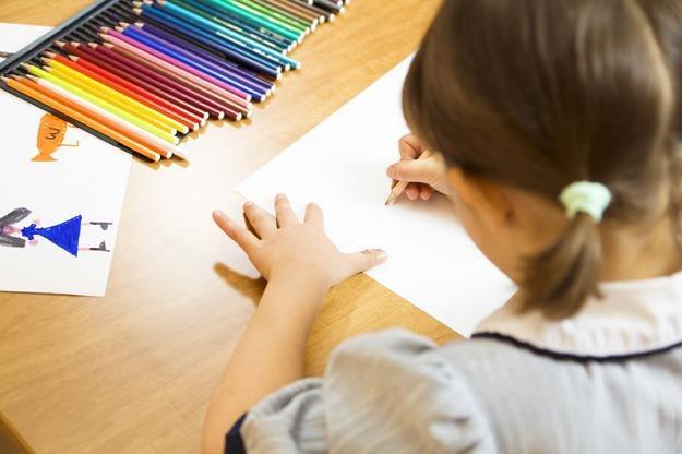 Władze miasta uspokajają, że chodziło o uczenie dzieci, iż kobiety i mężczyźni mają równe prawa /© Bauer