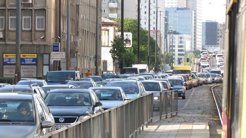Władze Warszawy chcą wprowadzić ograniczenia w ruchu w Śródmieściu /Michał Dukaczewski /Archiwum RMF FM
