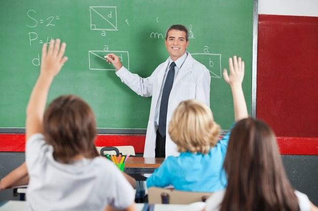 Właścicieli prywatnych szkół czekają ciężkie czasy... /123RF/PICSEL