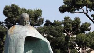 Włochy: Debata nad pomnikiem Jana Pawła II