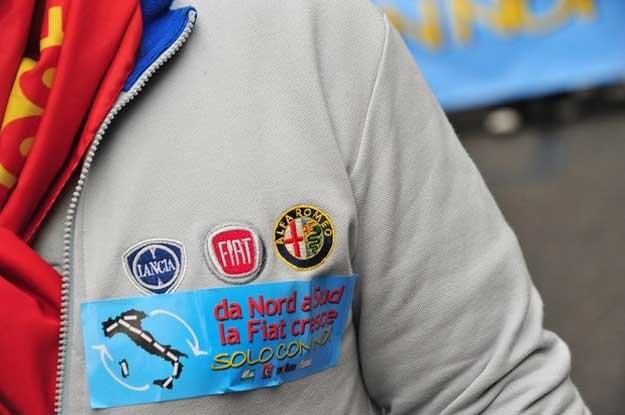 Włoscy pracownicy Fiata mają mieszane uczucia /AFP