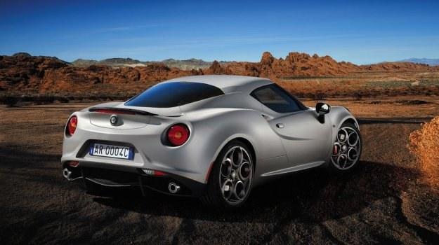 Włosi planują zbudować w tym roku 700 egzemplarzy modelu 4C. /Alfa Romeo