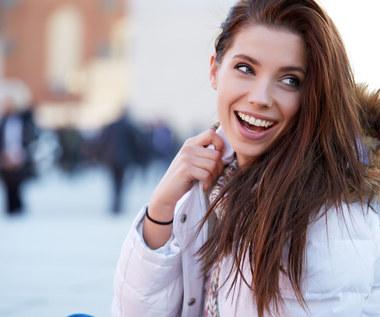 Włosy zimą: ważniejsza pielęgnacja czy stylizacja?