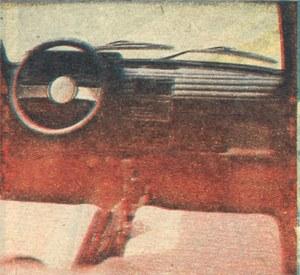 Wnętrze BIS-a niewiele różni się od Polskiego Fiata 126p FL. /Motor