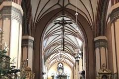 Wnętrze katedry we Fromboku