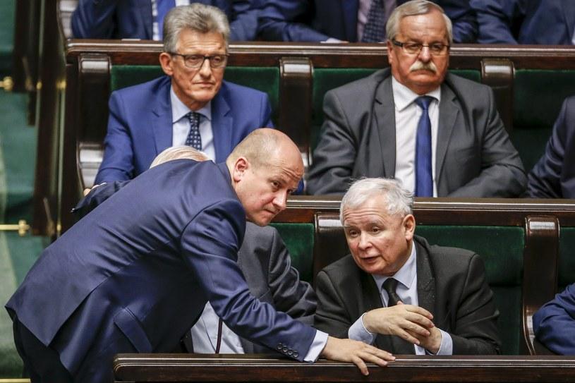 Wniosek przygotował Bartłomiej Wróblewski (na zdj. obok Jarosława Kaczyńskiego) /Andrzej Iwańczuk /Reporter