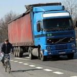 Wojna między rowerzystami i kierowcami przybiera na sile