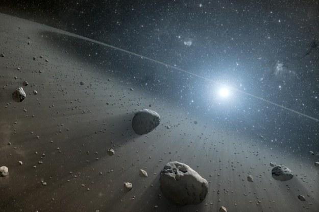 Wokół gwiazdy Wega również znajdują się pasy planetoid /NASA