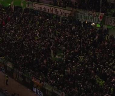 Wolfsburg - Lipsk 1-1, Mainz - Dortmund 0-2 w Bundeslidze. Wideo
