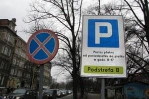 Wolno czy nie wolno parkować? /RMF