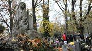 Wolontariusze rozpoczęli kwestę na cmentarzach w Krakowie