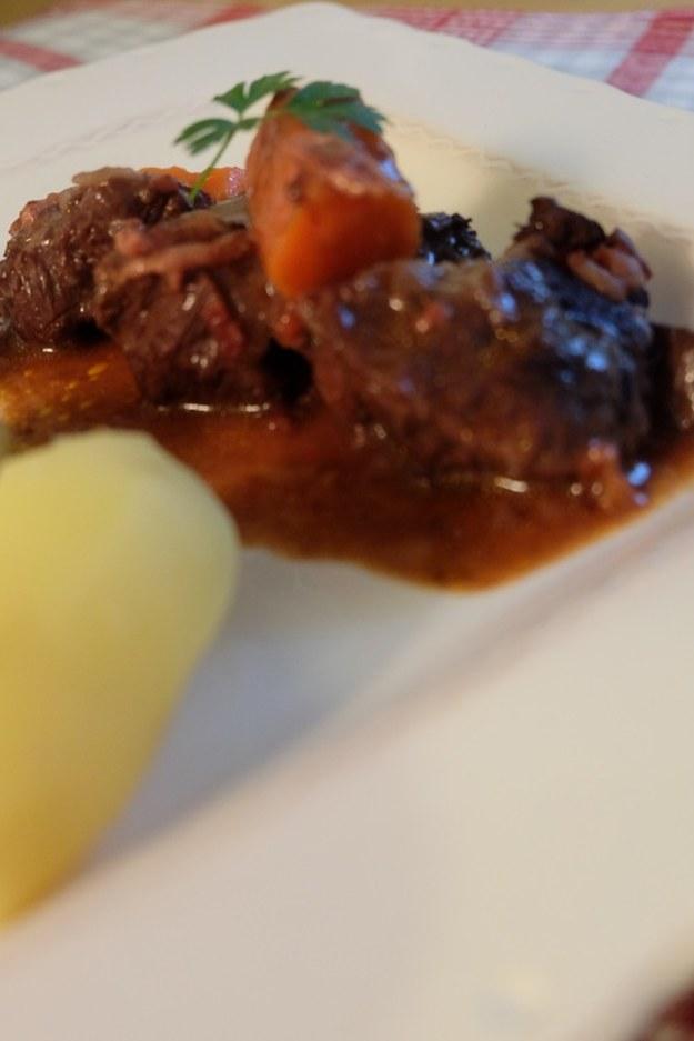 Wołowina po burgundzku czyli klasyka francuskiej kuchni