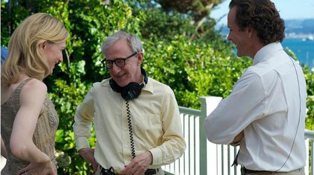 Woody Allen po raz pierwszy w karierze wyreżyseruje serial telewizyjny. /materiały prasowe
