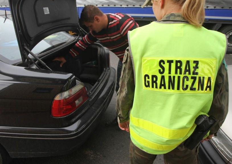Wracają kontrole graniczne /Michał Dyjuk /Reporter