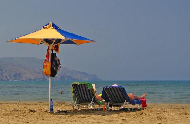 Wraz z nadejściem kalendarzowego lata rozpoczął się sezon na wakacyjne wyjazdy /© Panthermedia