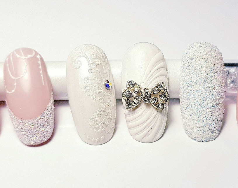 Współczesna stylizacja paznokci pozwala na odrobinę szaleństwa przy jednoczesnym zachowaniu elegancji /INTERIA/materiały prasowe