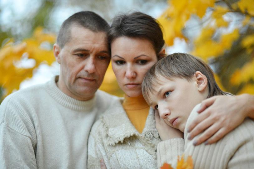 Współcześni rodzice mają serdecznie dość wszystkiego /123RF/PICSEL