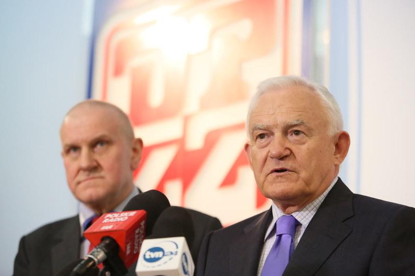 Wspólna konferencja prasowa przewodniczącego SLD Leszka Millera oraz przewodniczącego OPZZ Jana Guza /Leszek Szymański /PAP