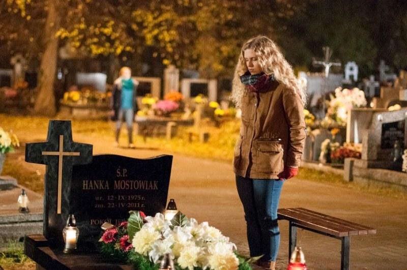Wspomnienie o miłości, jaką darzy ją Hanka, dodaje Natalce sił w trudnych chwilach. /Agencja W. Impact
