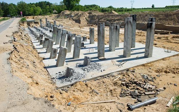 Wstrzymana budowa autostrady A2 /PAP