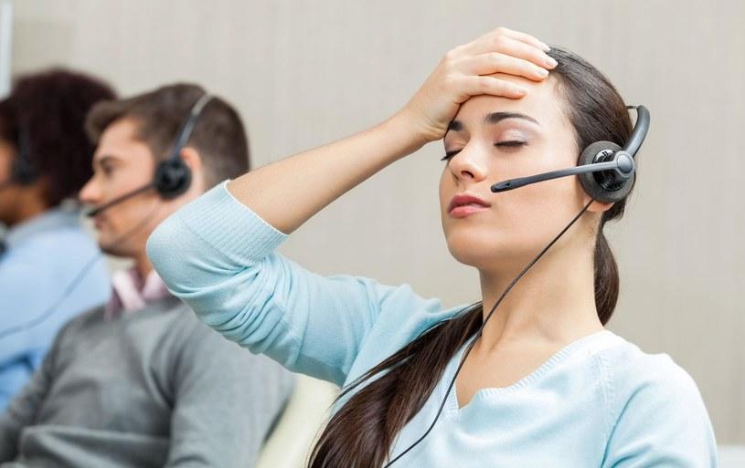 Wszyscy mamy dosyć telemarketerów i telefonów z nieznanych numerów - jak je zablokować? /©123RF/PICSEL