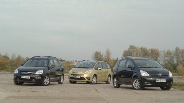 Wszystkie Citroeny Grand C4 Picasso mieszczą 7 osób. Kia i Toyota bywają 5- lub 7-osobowe. /Motor