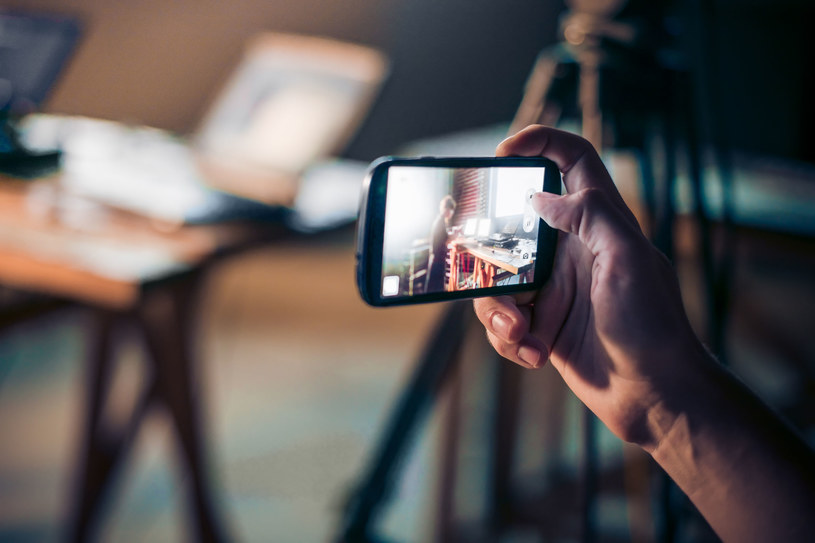 Wszystkie wykryte aplikacje wyświetlały użytkownikowi fałszywy ekran logowania do Instagrama /©123RF/PICSEL