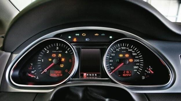 Wszystko pod kontrol(k)ą /Motor