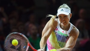 WTA Stuttgart: Angelique Kerber - Laura Siegemund 6:4, 6:0 w finale