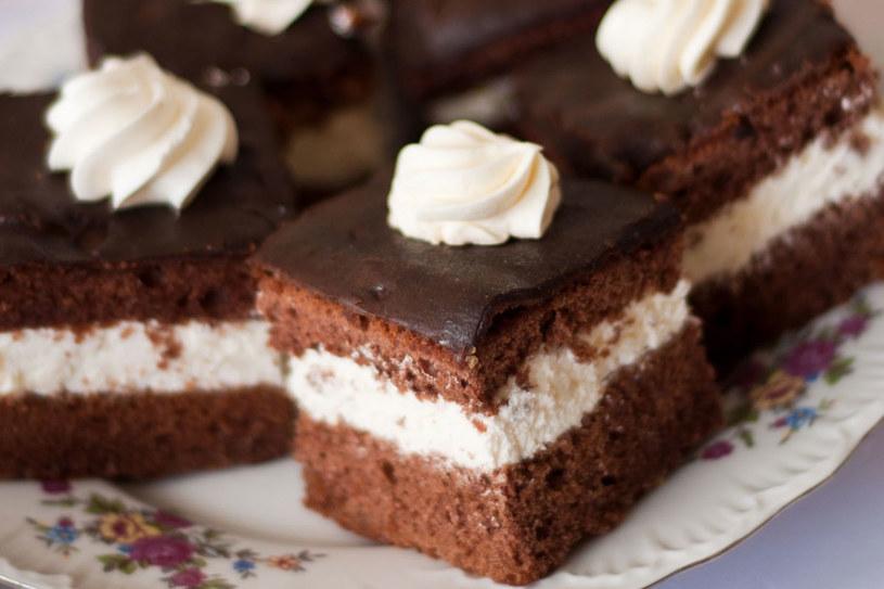 Wuzetka powstała jako efekt konkursu na ciasto, które miało promować Warszawę /123RF/PICSEL