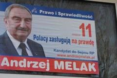 Wyborcze plakaty wciąż szpecą ulice polskich miast