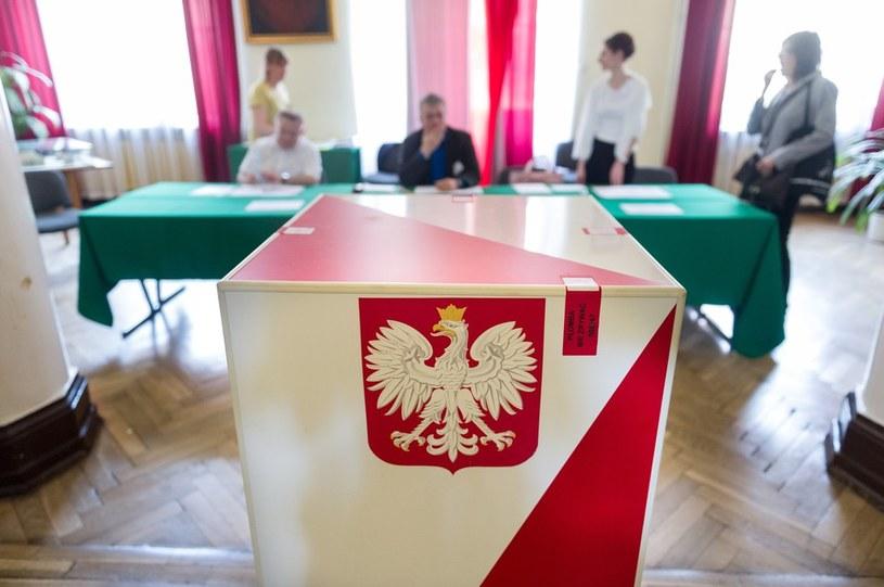 Wybory odbęda się w październiku /Bartosz Krupa /East News