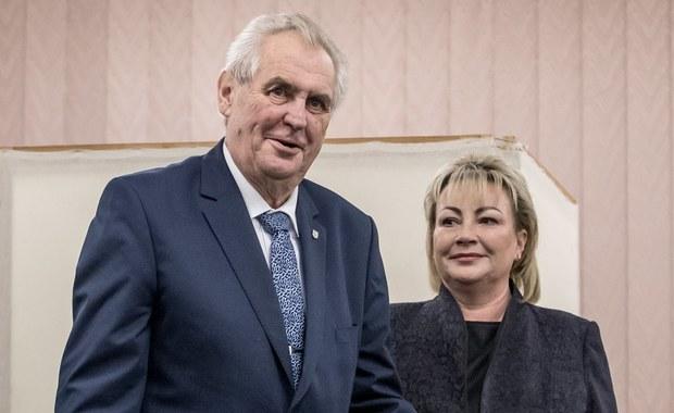 Wybory prezydenckie w Czechach. Wiadomo, kto przeszedł do drugiej tury