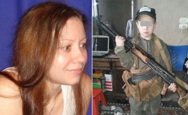 Wydawała książki dla dzieci, dołączyła do ISIS. W Iraku robiła synowi zdjęcia z karabinem
