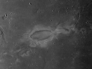 Wyjaśniono pochodzenie dziwnych wirowych struktur na Księżycu?