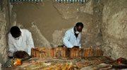 Wyjątkowe odkrycie w Egipcie: 8 mumii i 10 sarkofagów