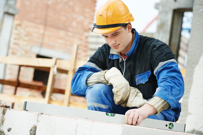 Wyjazdy na praktyczną naukę zawodu mogą trwać od 2 tygodni do 12 m-cy /123/RF PICSEL