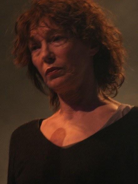 Wykonując piosenki Gainsbourga, pogrążała się czasem w zadumie /INTERIA.PL